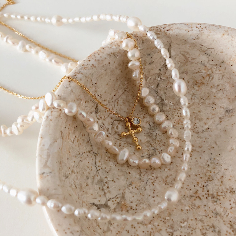 925silver point fresh-water pearl necklace