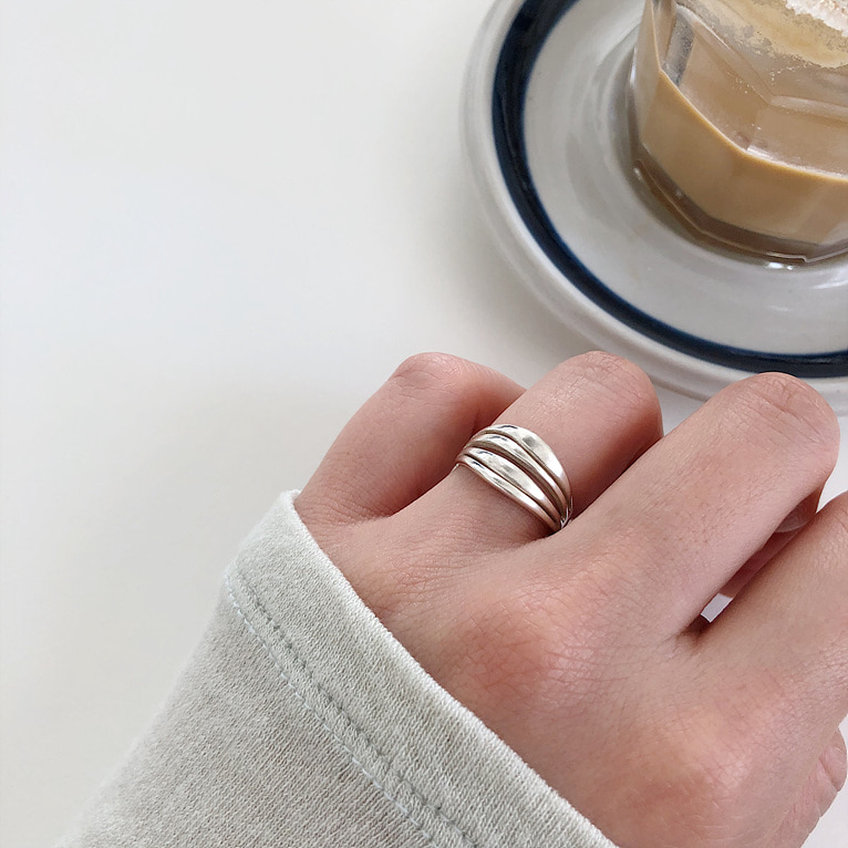 925silver 4 line bold ring