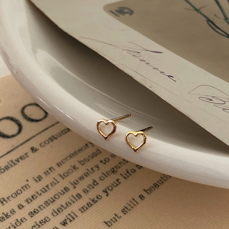 925silver thin heart earring(2color)
