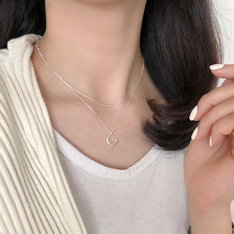 925silver C pendant necklace